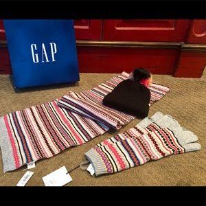 New, GAP Women's Winter Accessories Bundle